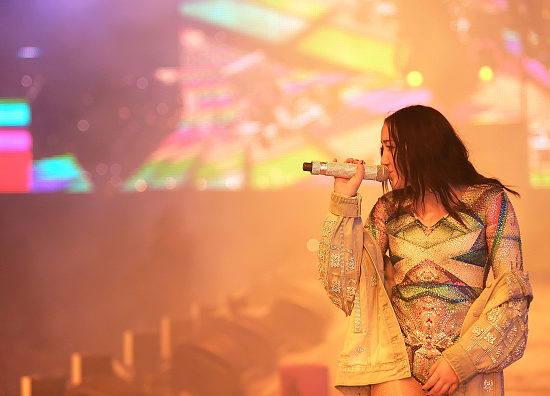 INDIO, CA - APRIL 23:  Singer Noah Cyrus performs with Marshmello at the Sahara Tent during day 3 of the Coachella Valley Music And Arts Festival (Weekend 2) at the Empire Polo Club on April 23, 2017 in Indio, California.  (Photo by Matt Winkelmeyer/Getty Images for Coachella)
